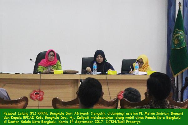 Mobil Dinas Pemkot Bengkulu Diminati Warga Propinsi Lain, KPKNL Hasilkan Rp723,1 juta