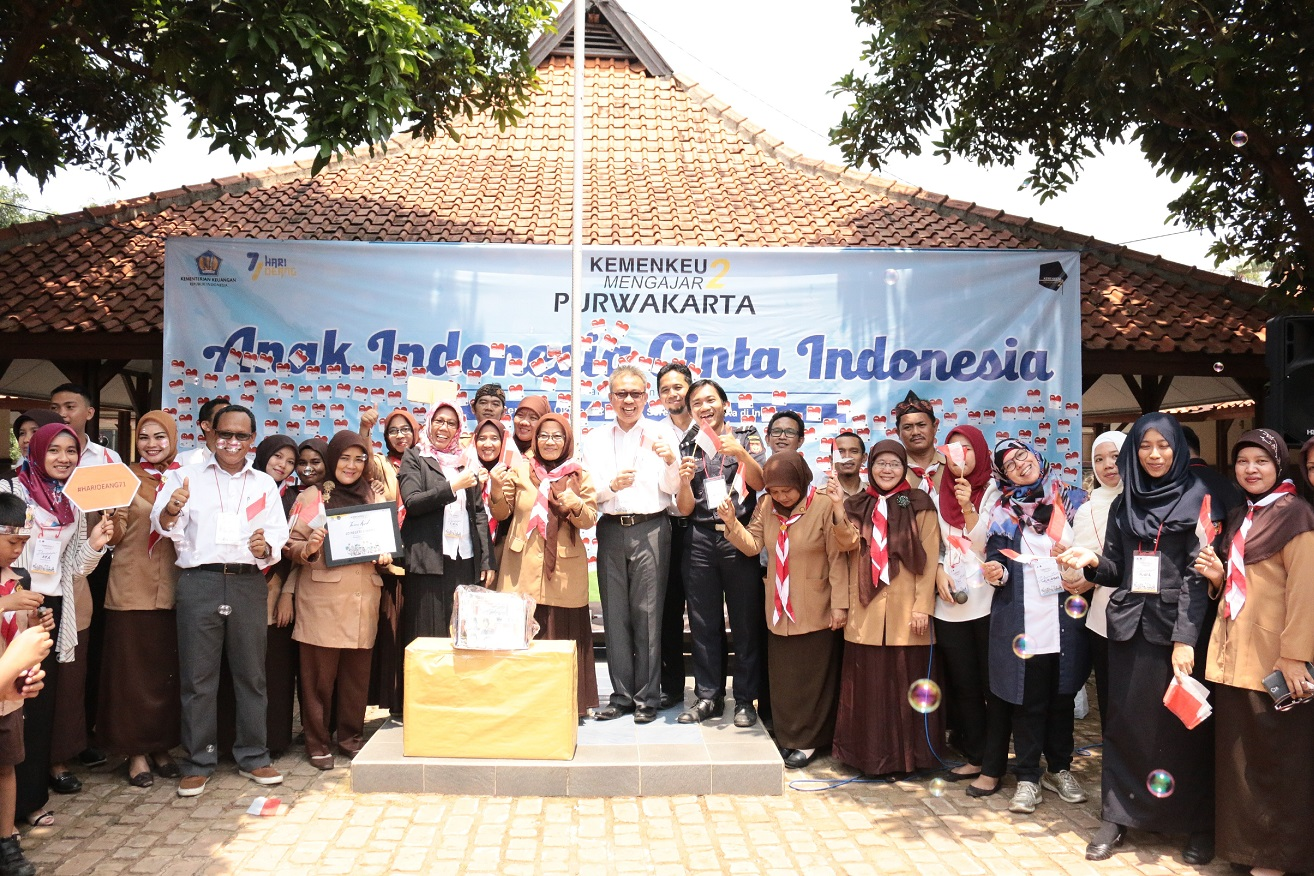 Kemenkeu Mengajar di SD Ciwangi Purwakarta