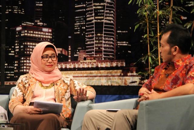 HUT DJKN ke 11 : Kepala Kanwil DJKN Jawa Barat Melakukan Roadshow  Dialog Interaktif Pada Dua Media Elektronik