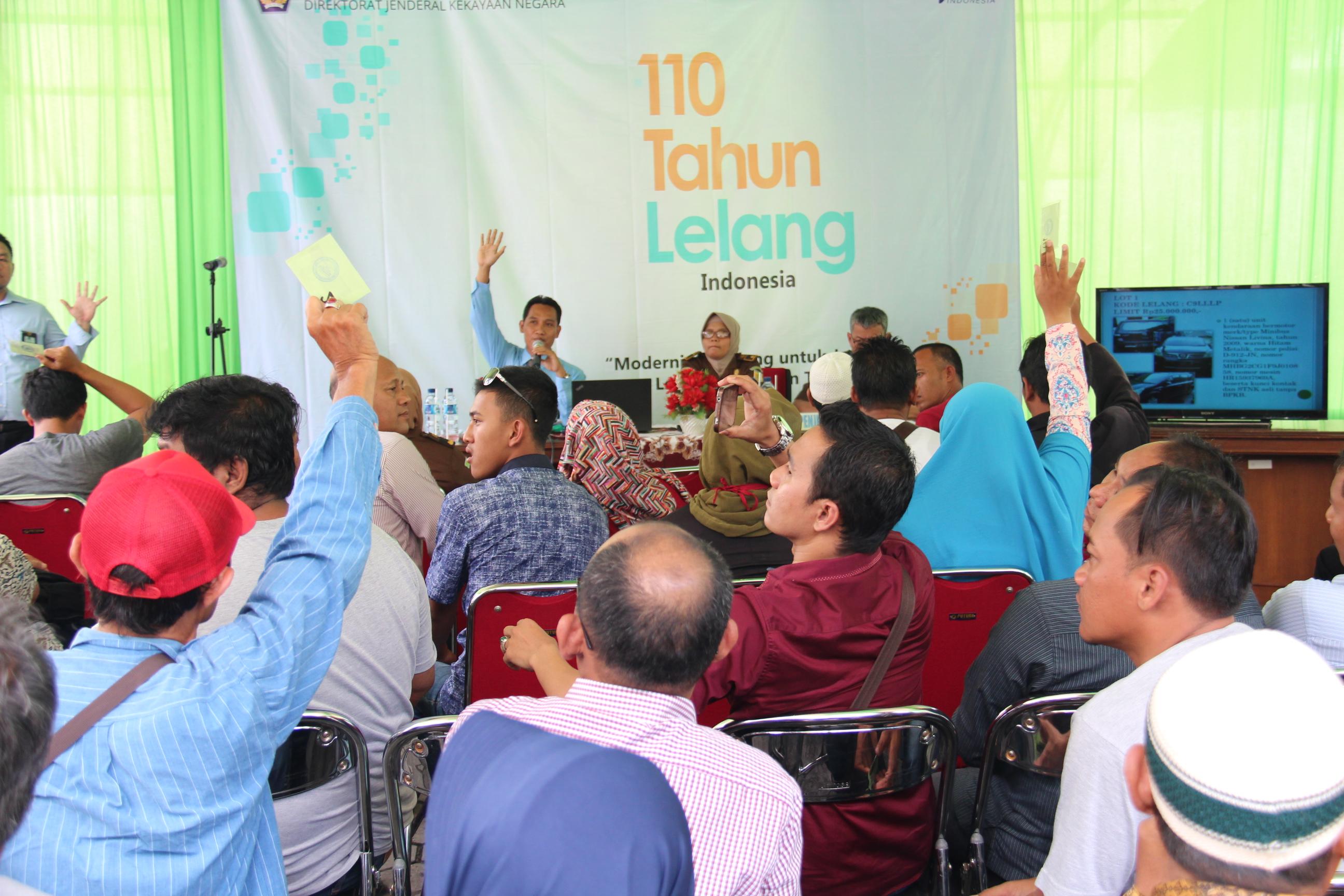 Peringati 110 Tahun Lelang di Indonesia, KPKNL Tegal Gelar Parade Lelang