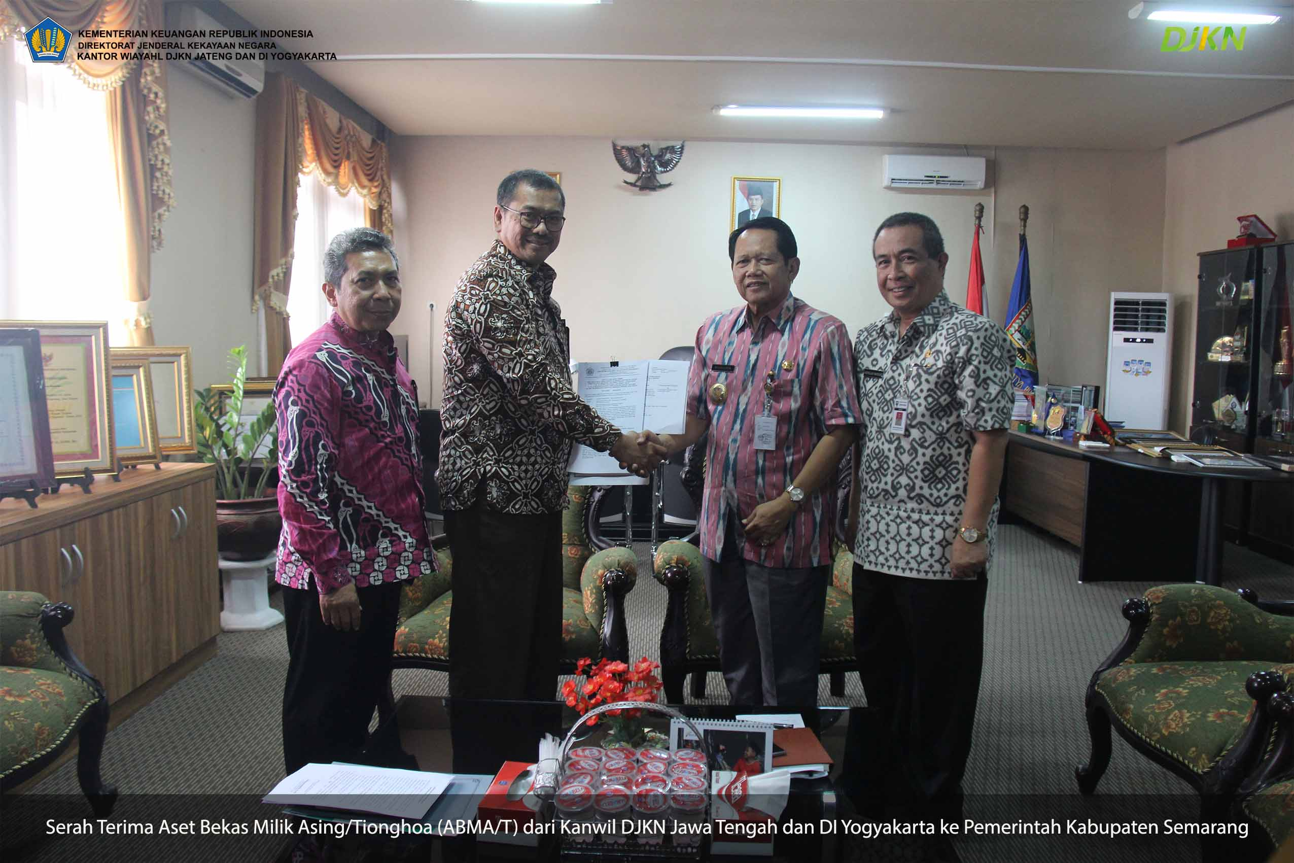 Serahkan Aset ABMA/T ke Pemda Semarang, Kepala Kanwil DJKN Jateng DIY Harap BMD Dikelola dengan Baik