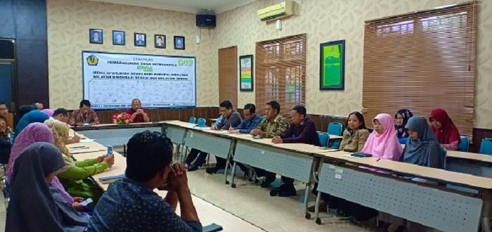 Kunjungan Kerja Kakanwil DJKN Jawa Timur Ke KPKNL Madiun