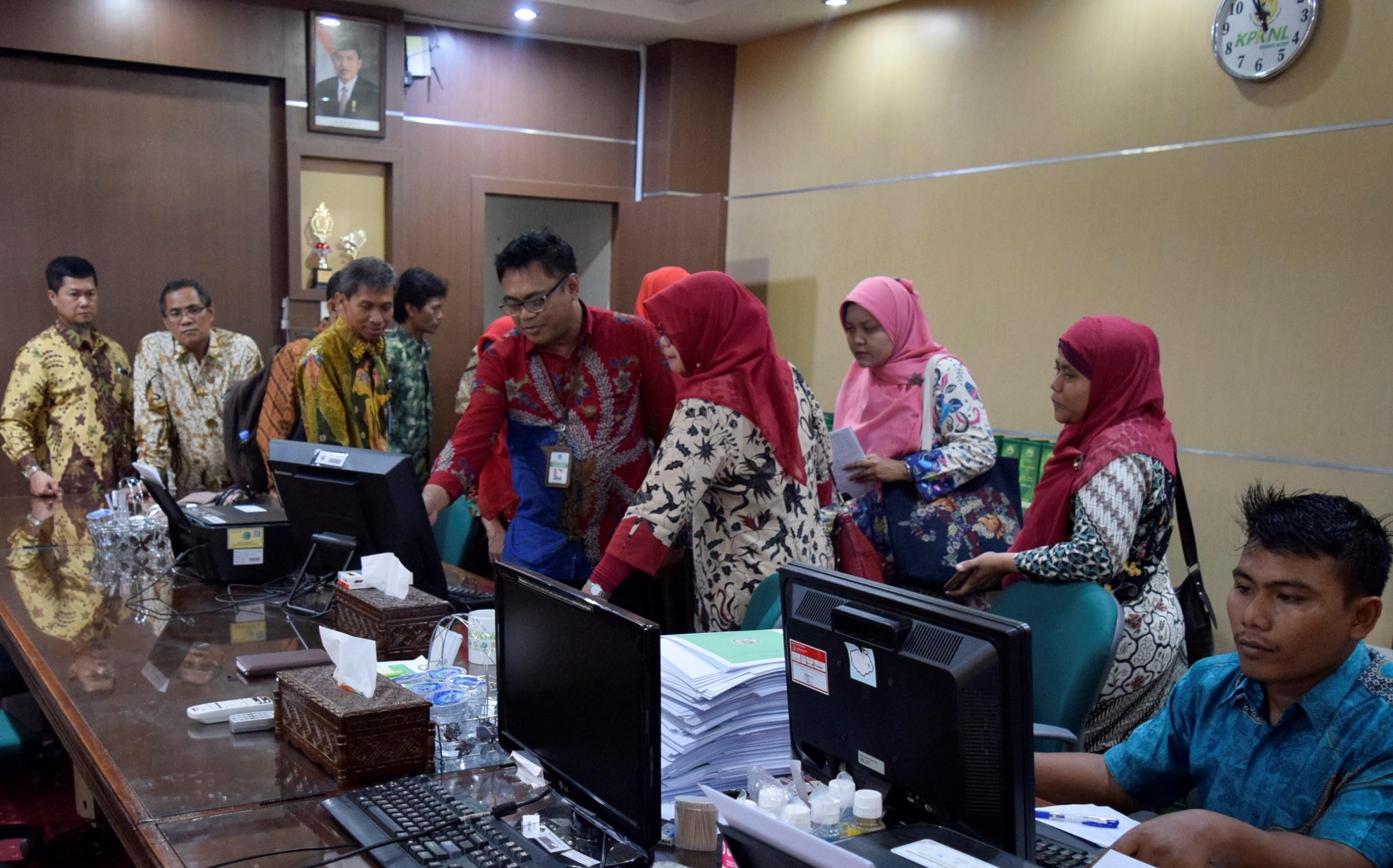 Kunjungan Kerja studi banding kearsipan oleh Peerta Diklat Kemenlu di KPKNL Banda Aceh
