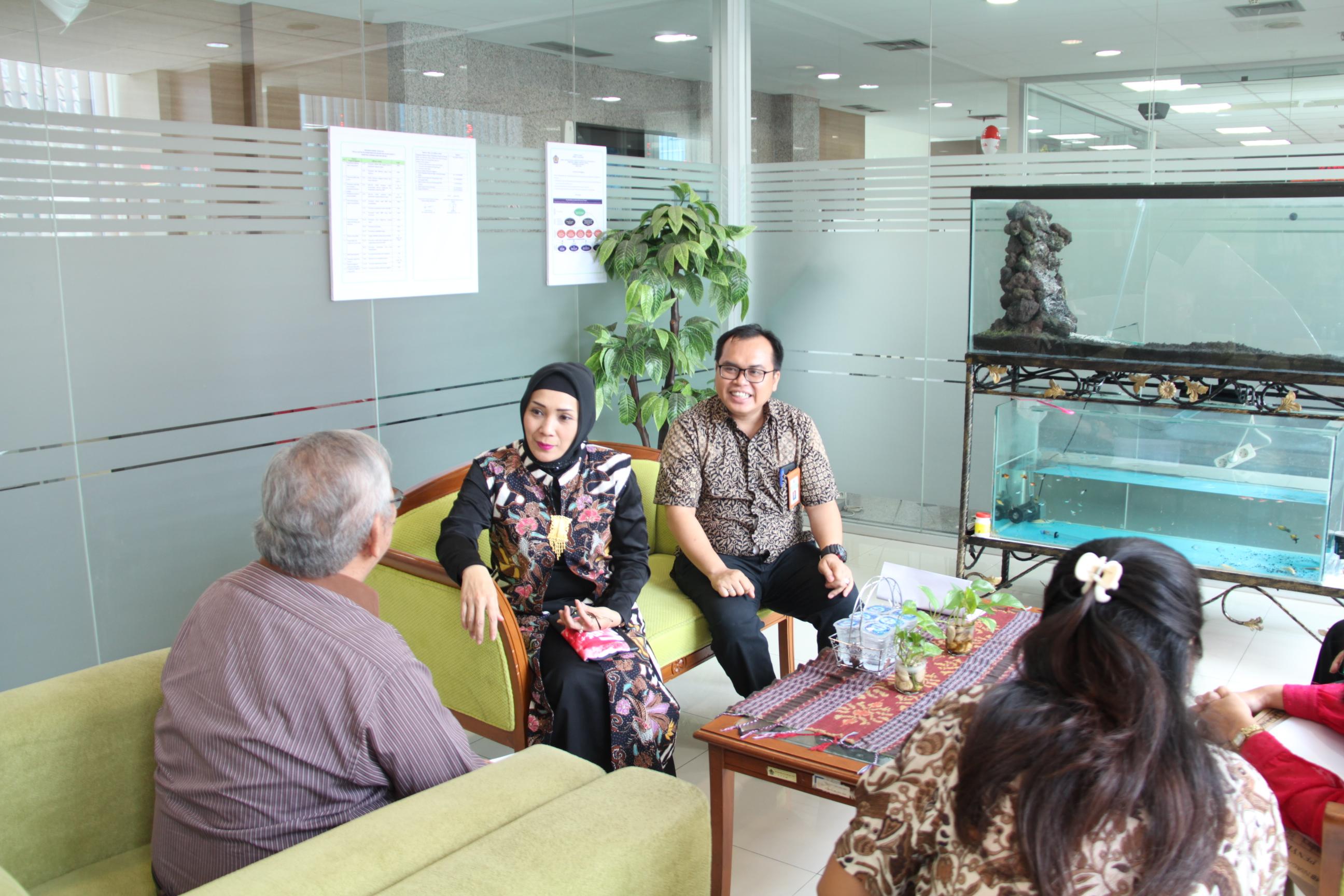 KPKNL Jakarta V Terima Tim Monitoring dan Evaluasi Kantor Berpredikat WBK/WBBM