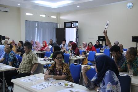 Peringati HUT DJKN ke- 12 Tahun 2018  KPKNL Bogor Laksanakan Lelang Amal