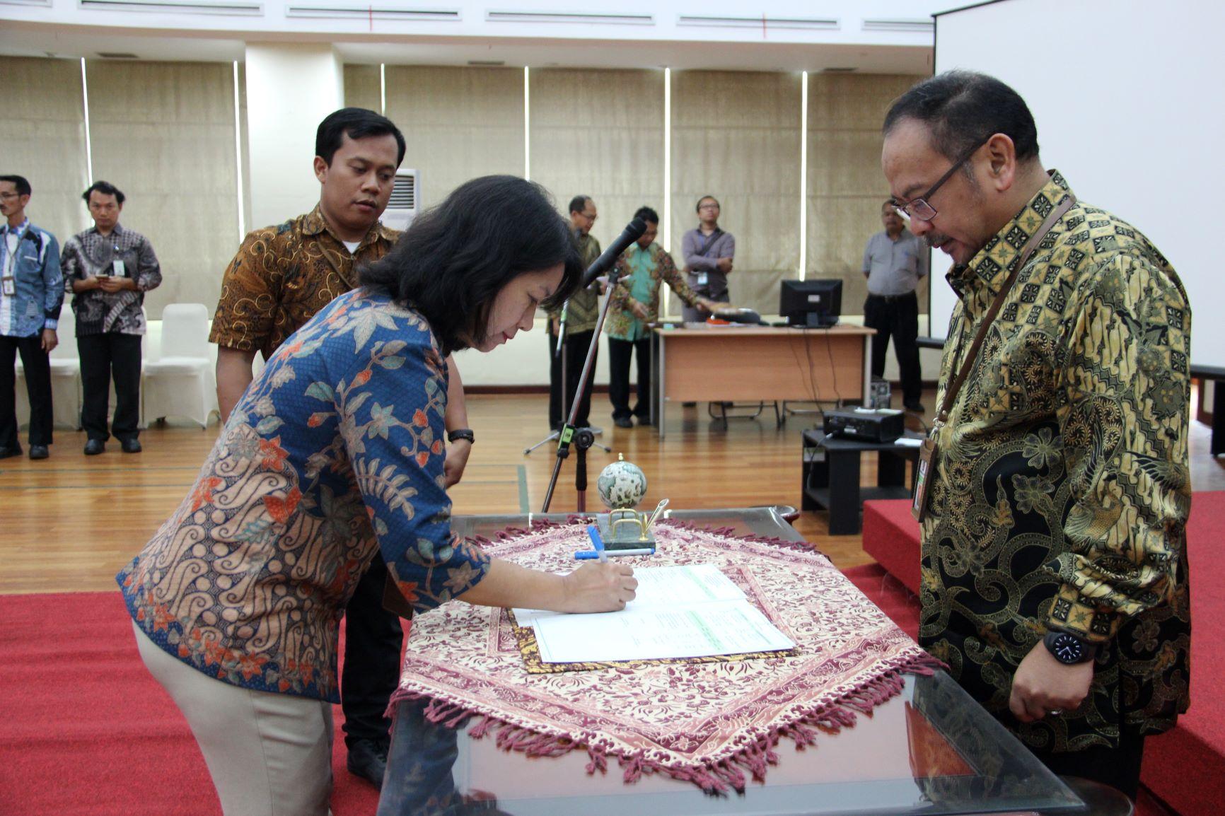 Penandatanganan Kontrak Kinerja : Komitmen Wujudkan Ketercapaian Target Kinerja