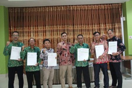 Penandatanganan Kontrak Kinerja Tahun 2019 Kemenkeu Four KPKNL Palangka Raya