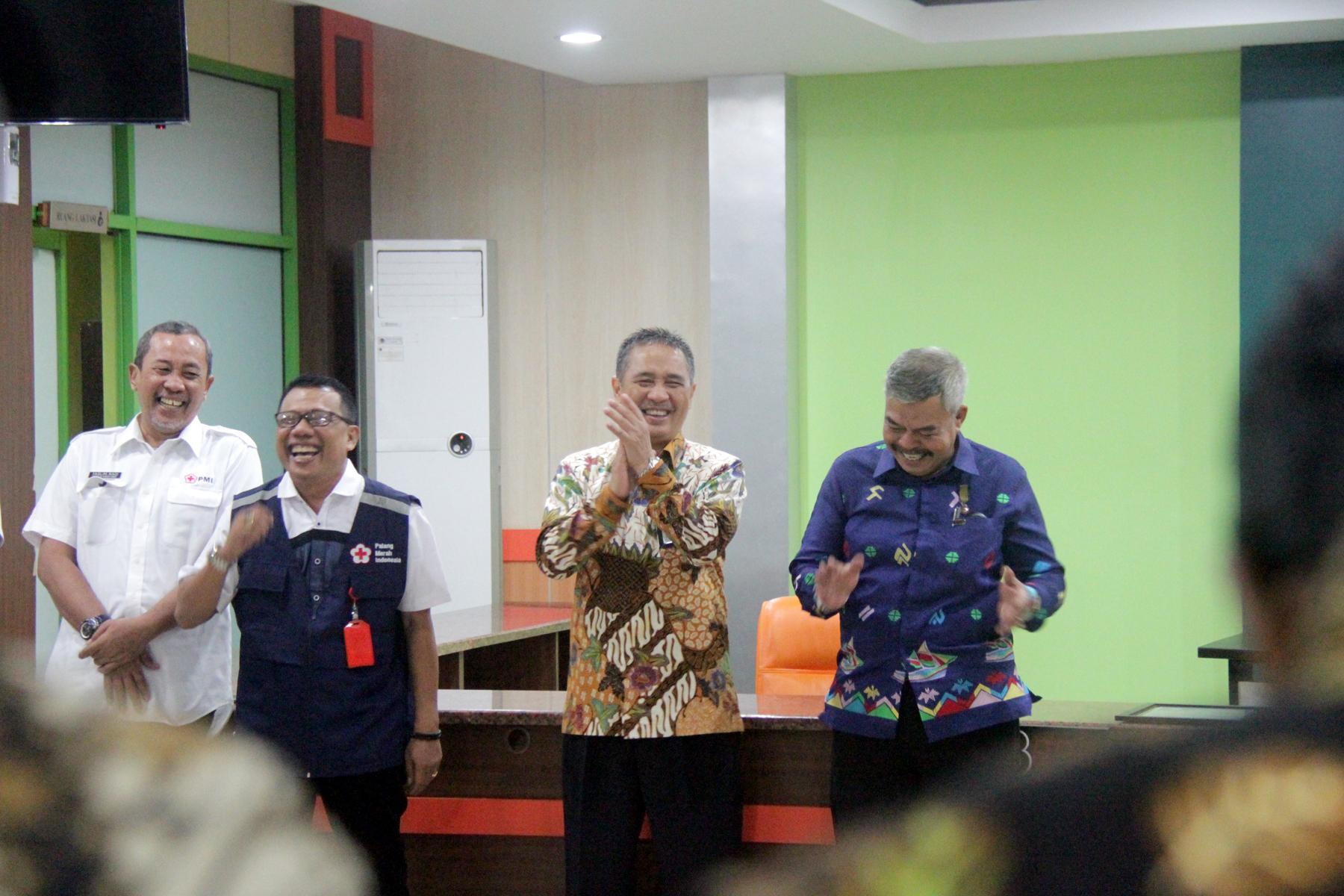 PMI Kota Makassar: Sirajudin, Pahlawan Kemanusiaan dari KPKNL Makassar
