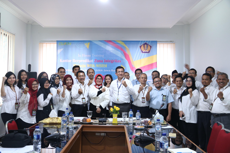 Kepala kanwil DJKN Jabar Berharap Seluruh KPKNL di Jawa Barat Segera Meraih Predikat WBK