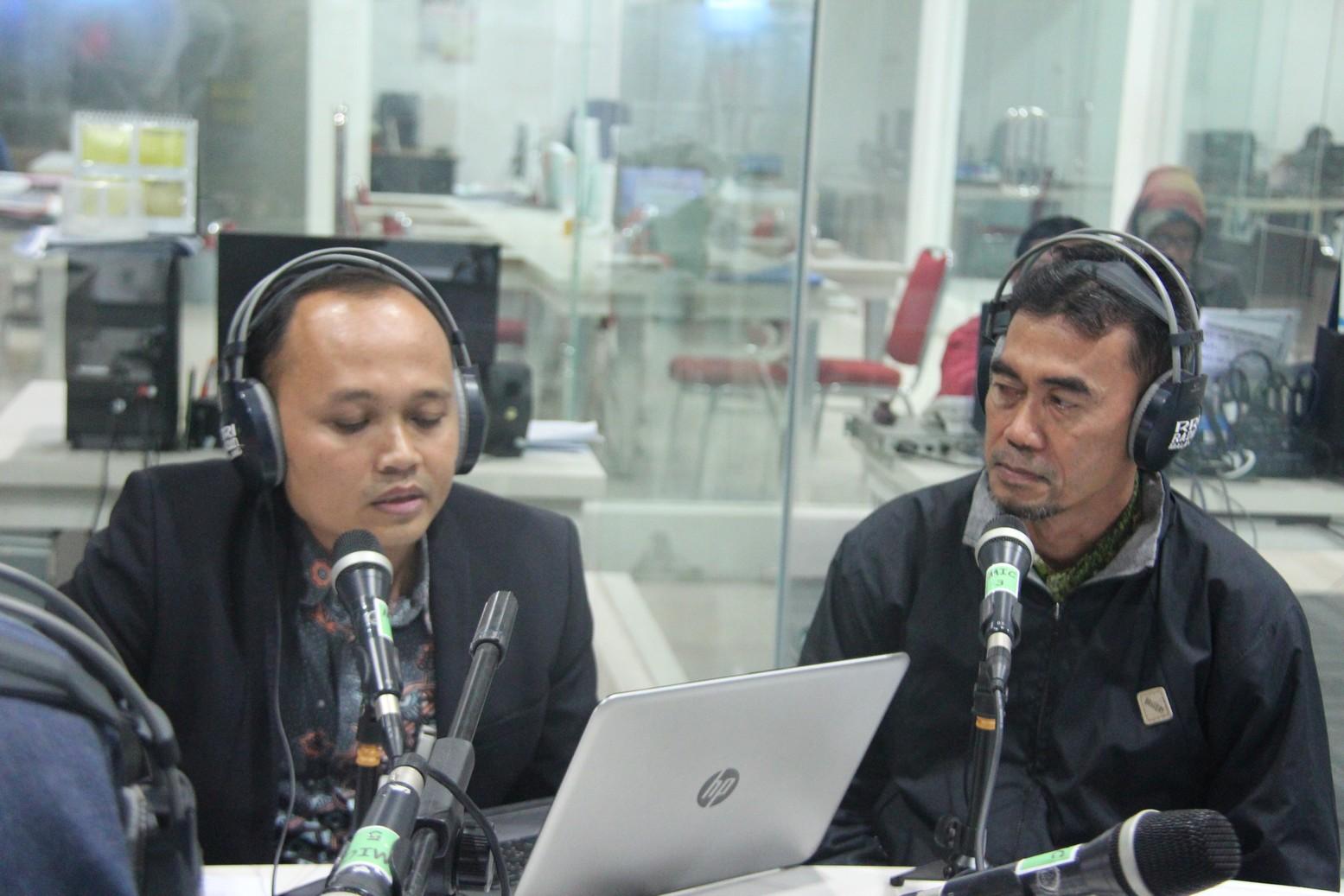 """Talk Show """"Waspada Penipuan Lelang"""" on Air RRI Malang"""