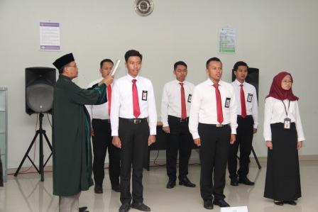 Pengambilan Sumpah PNS pegawai KPKNL Gorontalo dan Buka Bersama Anak Panti Asuhan
