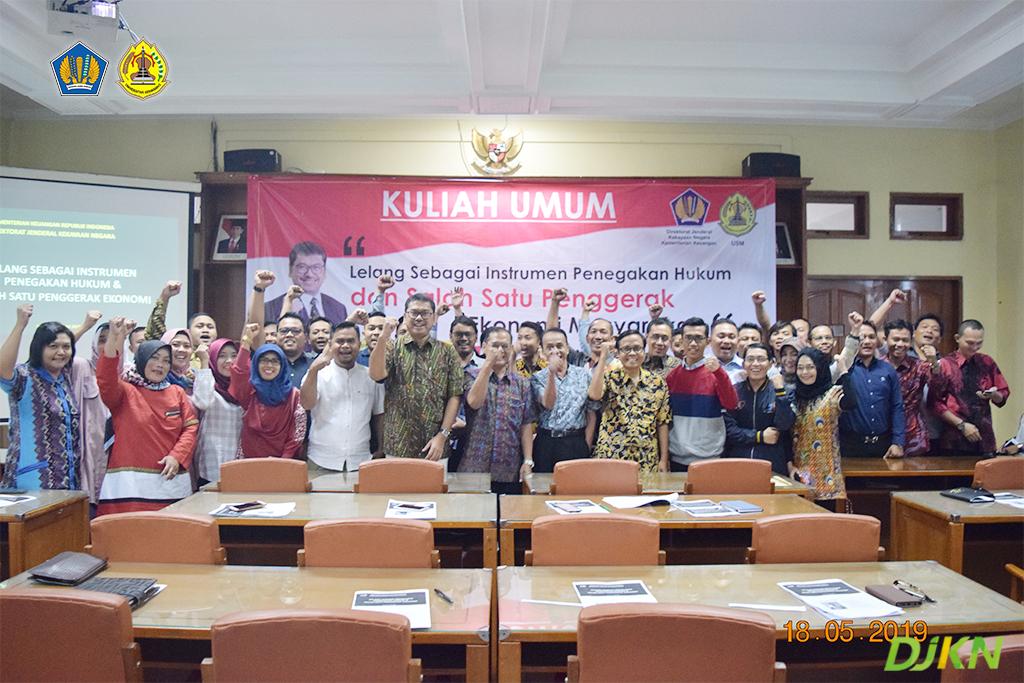 Kuliah Umum Lelang Segarkan Wawasan Mahasiswa Pascasarjana Universitas Semarang
