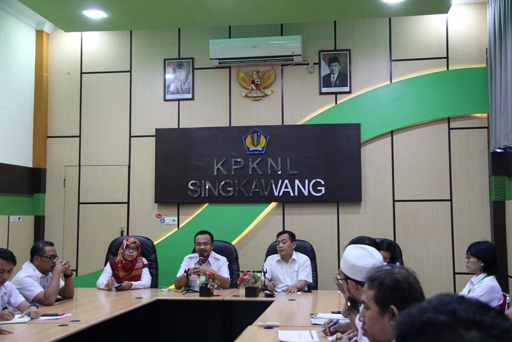 Kanwil DJKN Kalimantan Barat Lakukan Monitoring dan Evaluasi Capaian Kinerja pada KPKNL Singkawang