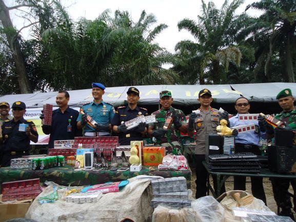 KPKNL Dumai Hadiri Pemusnahan BMN Barang Hasil Penindakan KPPBC TMP B Pratama Dumai