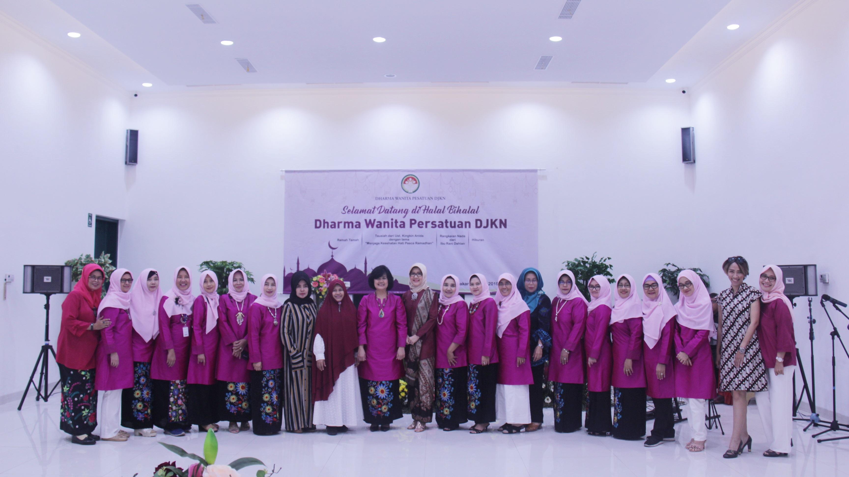 Pasca Bulan Suci, Dharma Wanita Persatuan DJKN Gelar Halal Bihalal
