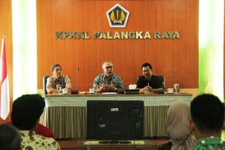 Kunjungan Kerja dan Pengarahan Kepala Kanwil DJKN Kalimantan Selatan dan Tengah di KPKNL Palangka Raya