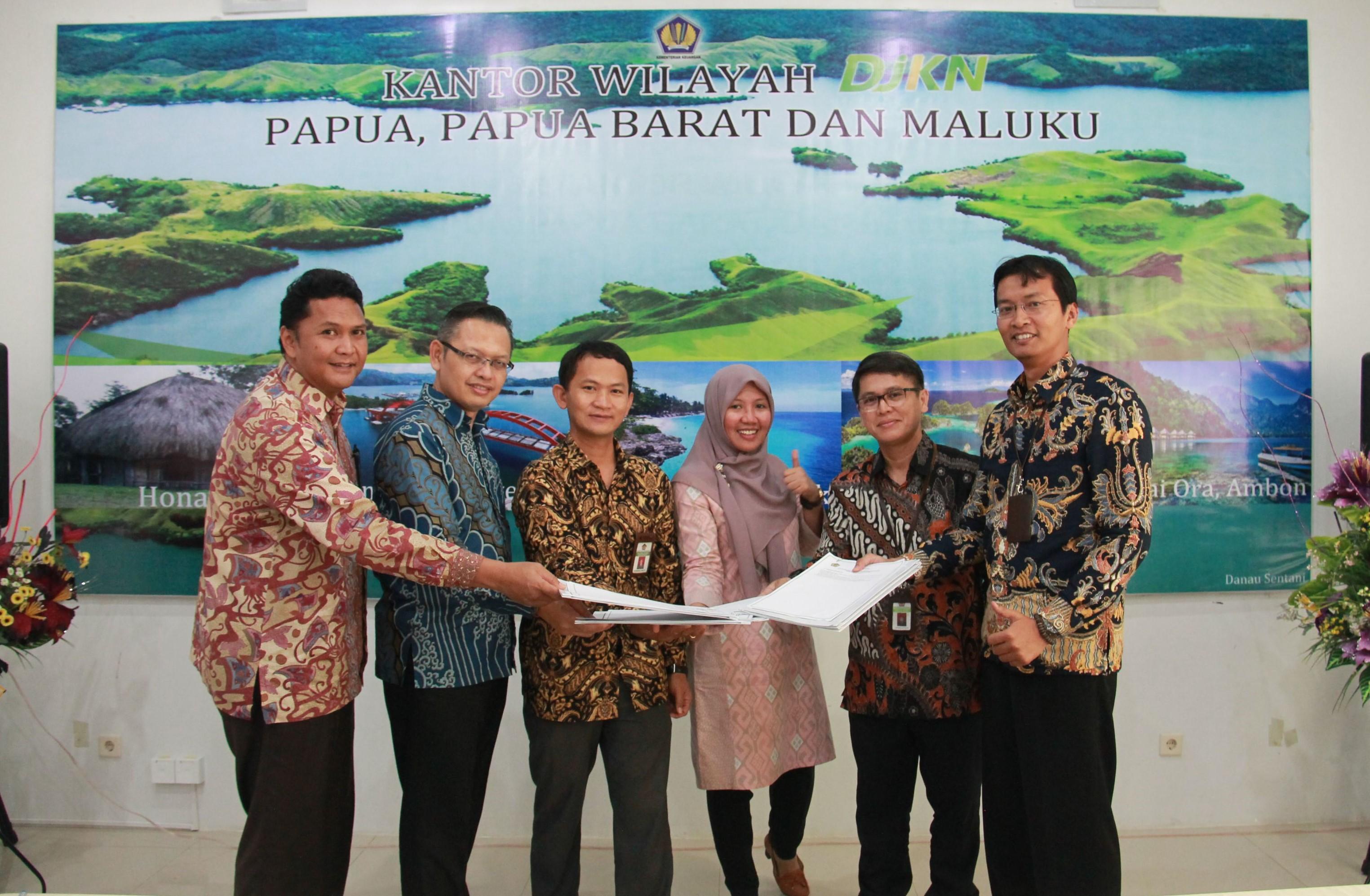 Penandatanganan Kontrak Kinerja Komplemen Eselon III Tahun 2019 Kanwil DJKN Papabaruku