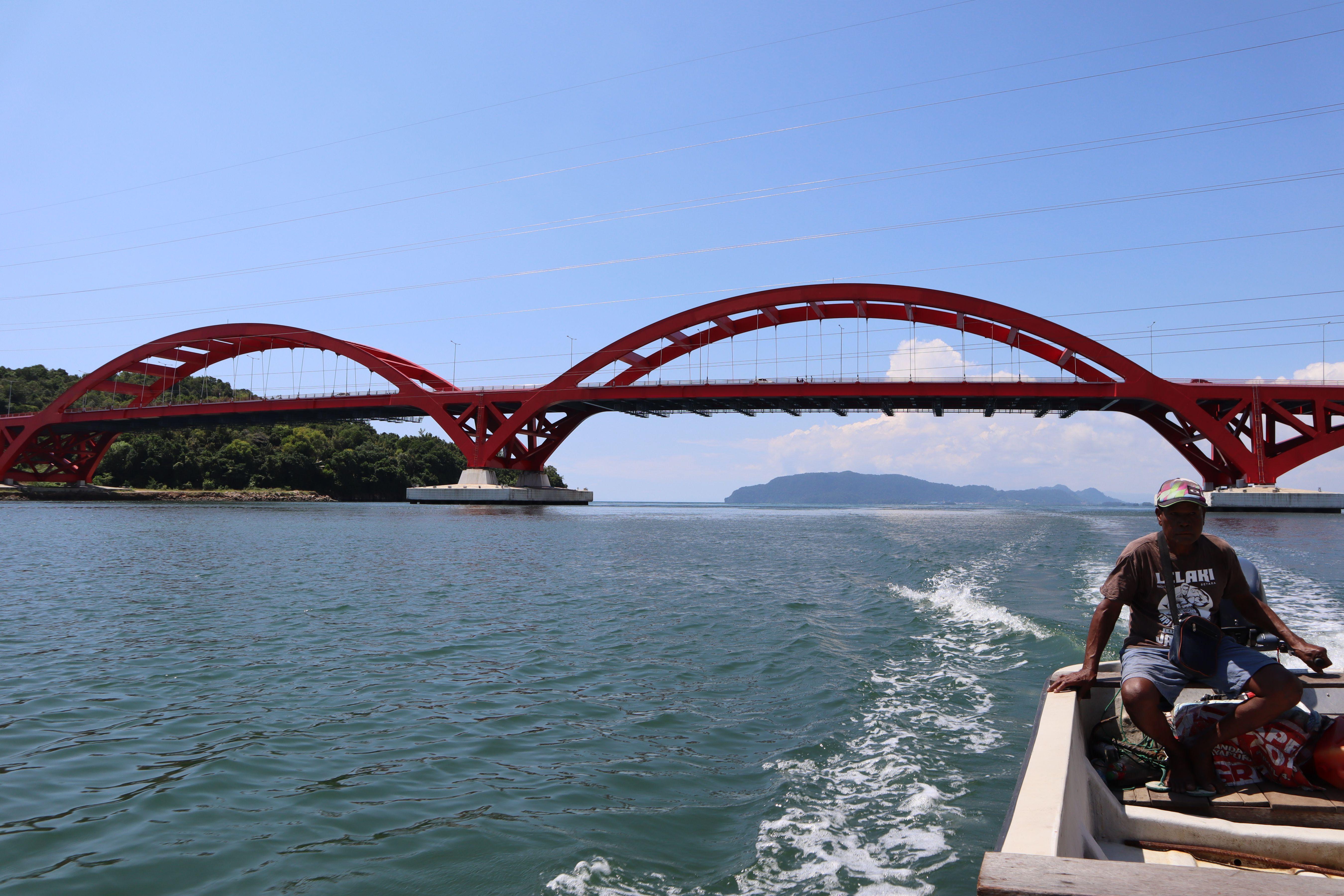 Jaga Aset Negara: Jembatan Merah Holtekamp, Sang Merah Nan Megah, Penghubung Akses Jayapura - Skouw