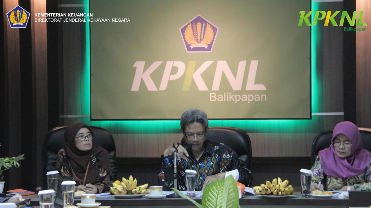 Kunjungi Balikpapan, Kakanwil Kaltimtara Berikan Pembinaan bagi Seluruh KPKNL di Lingkungannya