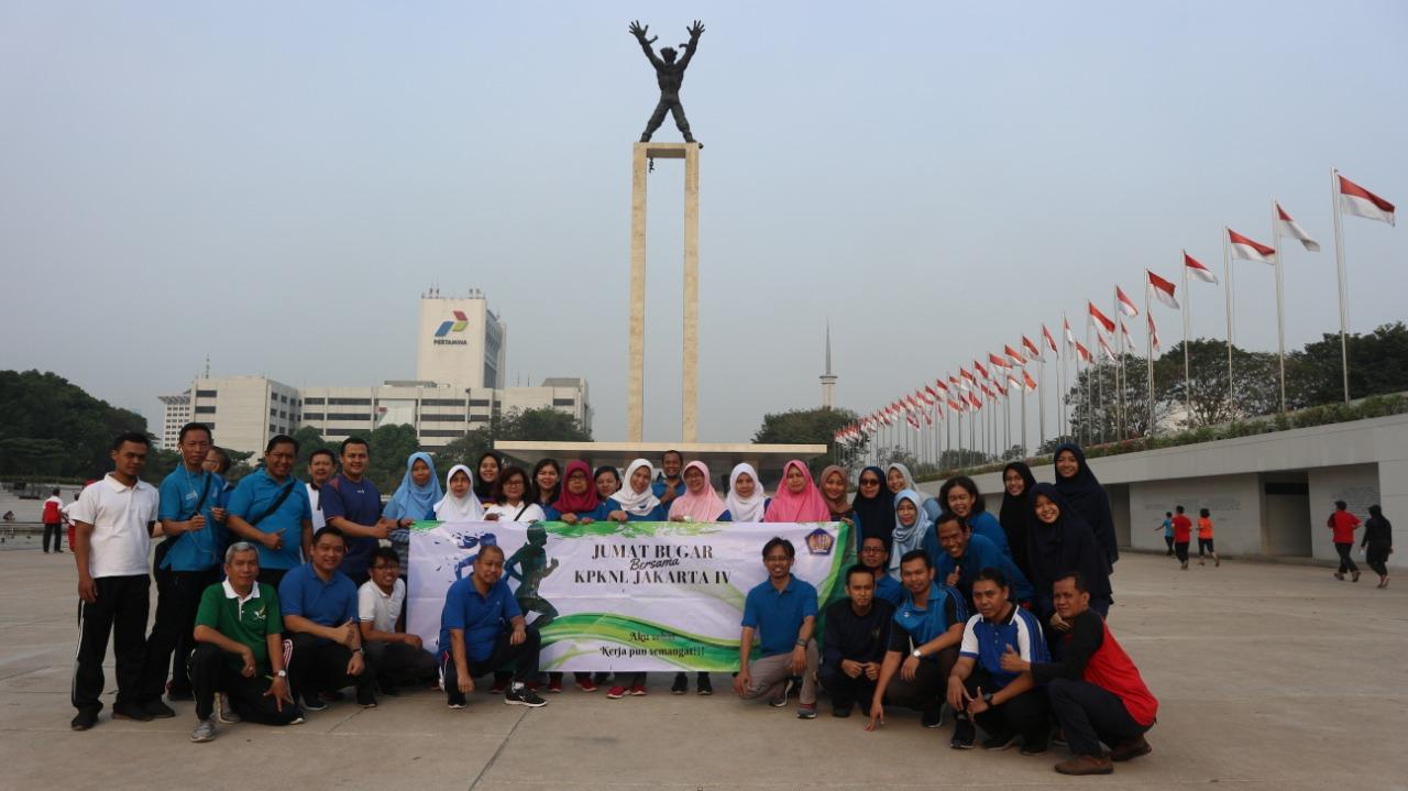 Jumat Bugar Bersama KPKNL Jakarta IV, karena Aku Sehat Kerjapun Semangat