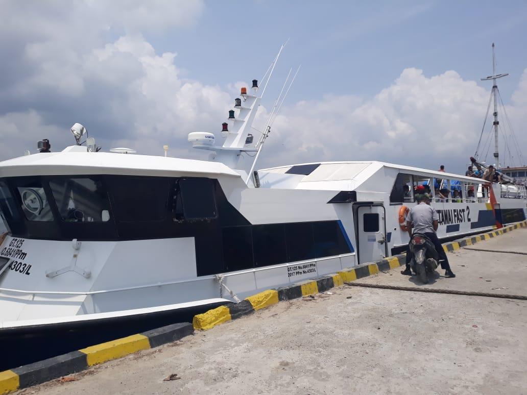 6 jam berlayar, KPKNL Padang survey harga bangunan di Siberut Selatan
