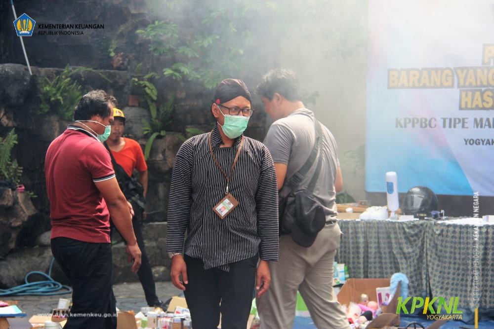 Musnahkan Barang Milik Negara Hasil Penindakan, KPKNL Yogyakarta Dukung Langkah KPPBC TMP B Yogyakarta