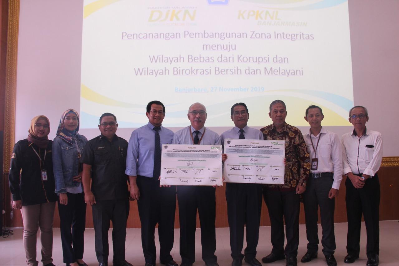 Pencanangan Pembangunan Zona Integritas KPKNL Banjarmasin