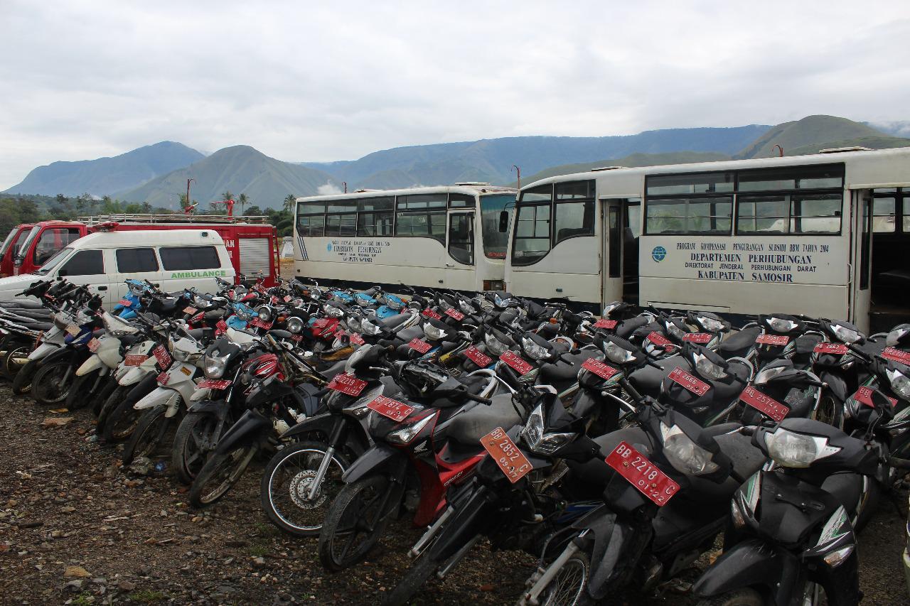 Menutup Tahun 2019, KPKNL Pematangsiantar Lelang Kendaraan Aset Pemkab Samosir