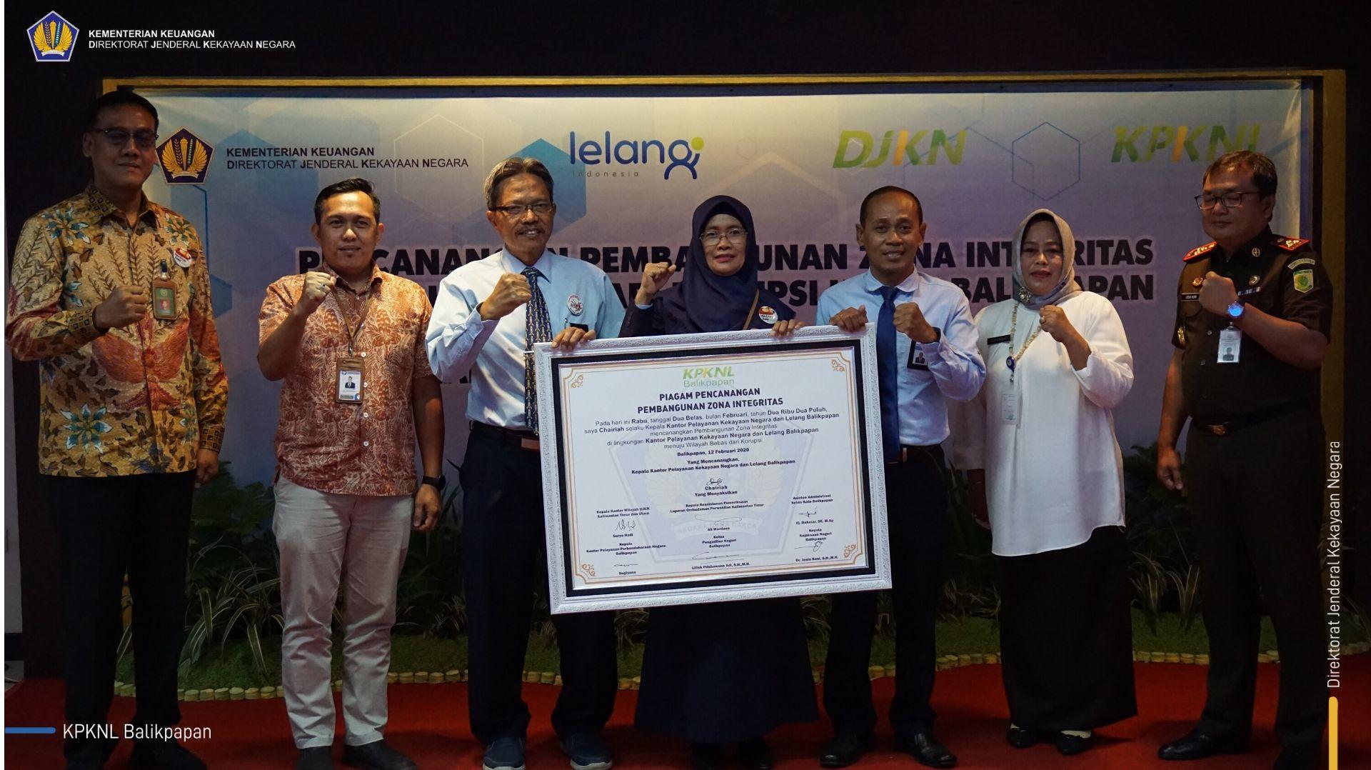 Bukti Peningkatan Integritas, KPKNL Balikpapan Canangkan Diri sebagai Wilayah Bebas dari Korupsi