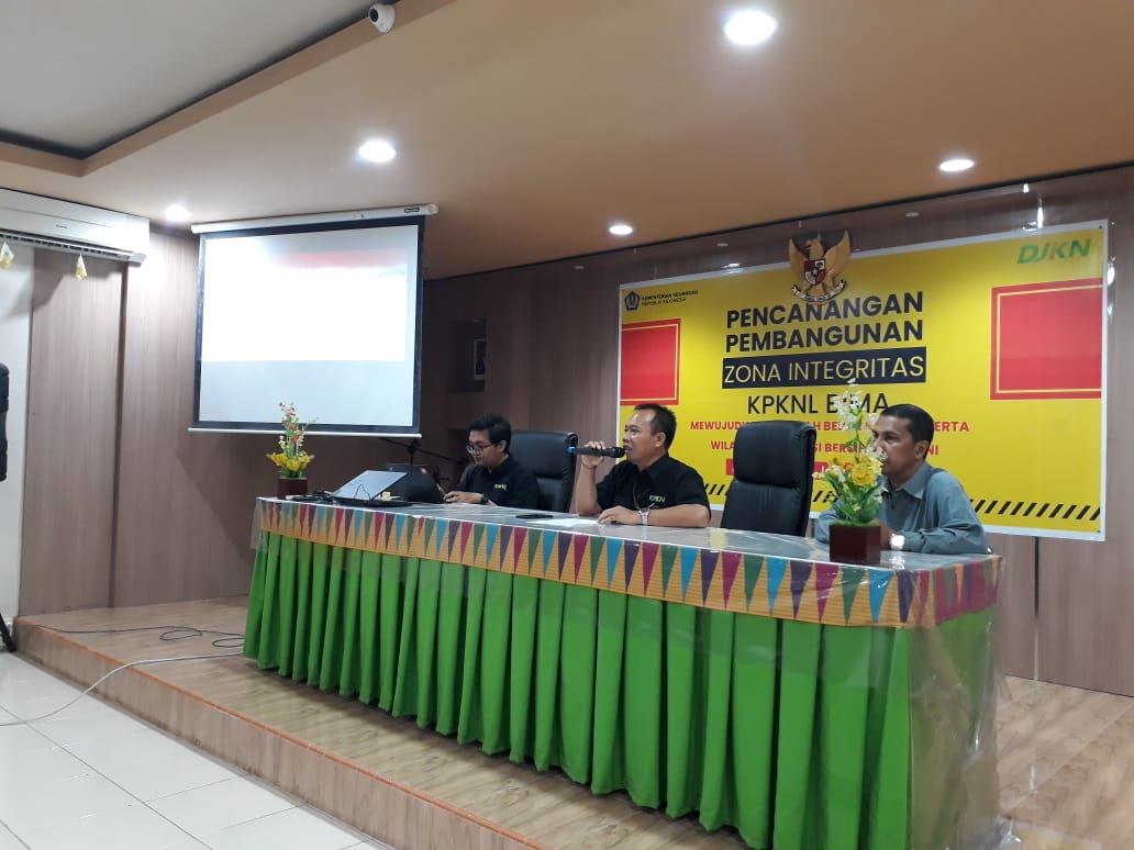 Percepat Penyelesaian PSP BMN dan Portofolio Aset, Sebanyak 27 Satuan Kerja Mengikuti Sosialisasi di KPKNL Bima