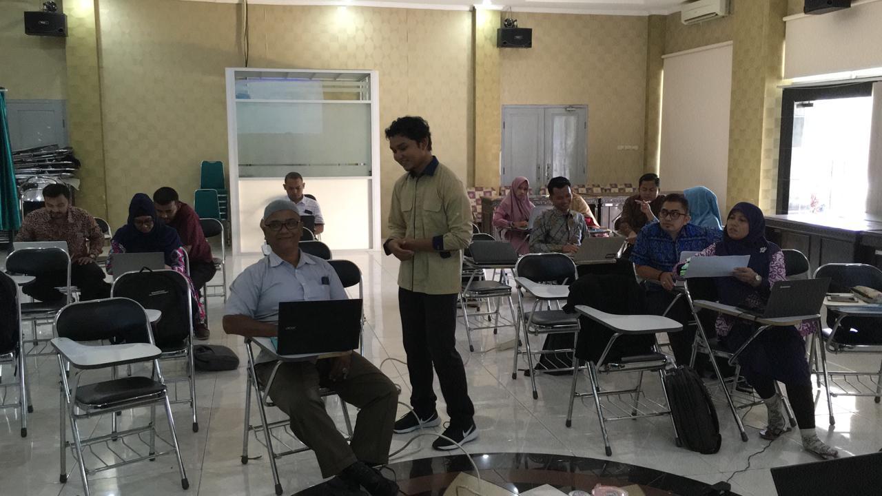 Implementasi Nilai Sinergi Melalui Kegiatan Asistensi dan Bimbingan Teknis Revaluasi