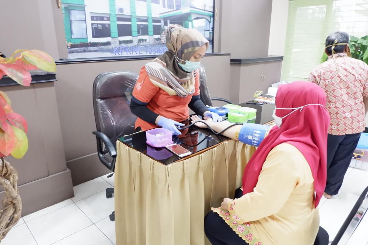 KPKNL Tasikmalaya laksanakan Donor Darah di Hari Kartini