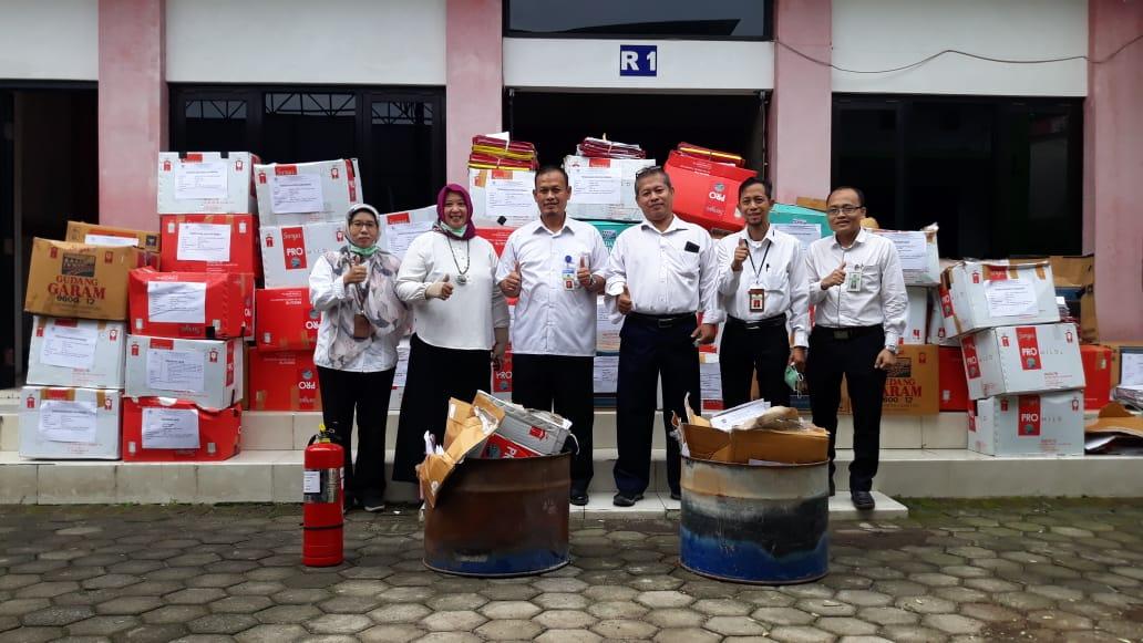 Pemusnahan Arsip In Aktif di KPKNL Malang