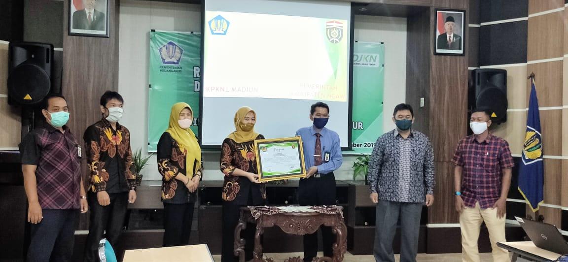 KPKNL Madiun dan Pemerintah Daerah Tandatangani Deklarasi Layanan Bersama BPHTB Online