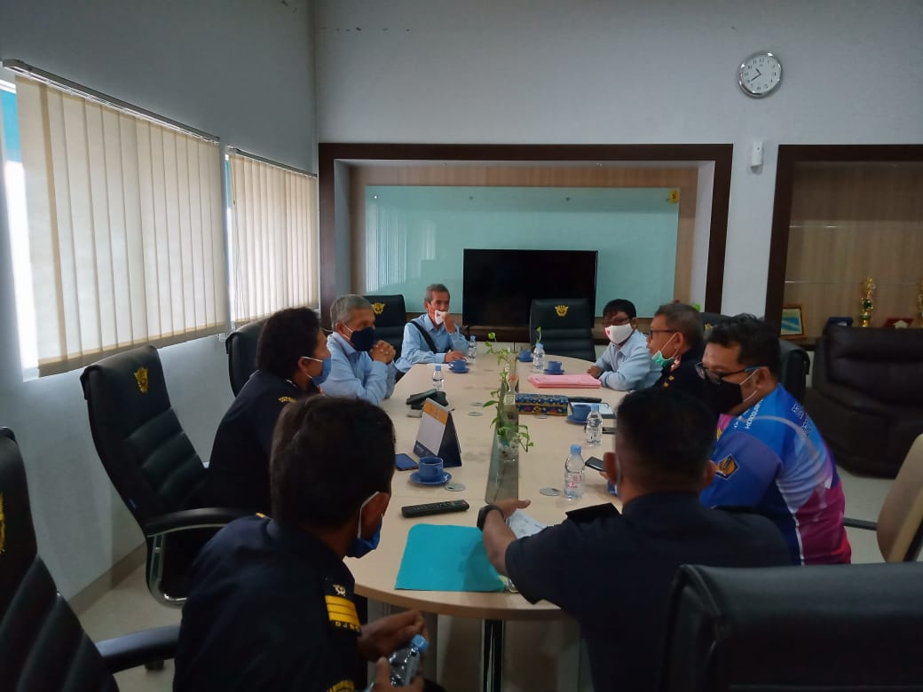 Sinergi dengan KPPBC Tipe Madya Pabean C Pantoloan, KPKNL Palu percepat Pengurusan Piutang Negara.