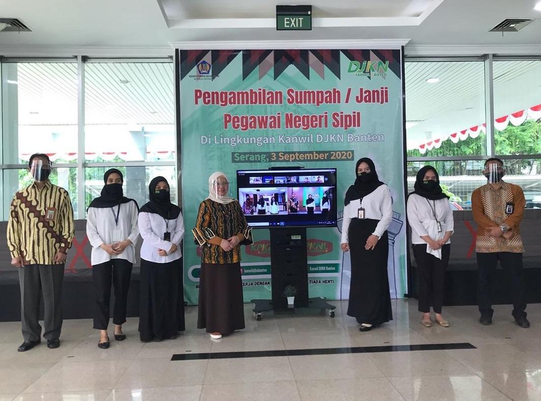 Lantik 8 ASN, Kepala Kanwil DJKN Banten : Jadilah Kupu-Kupu agar Terus Bertransformasi