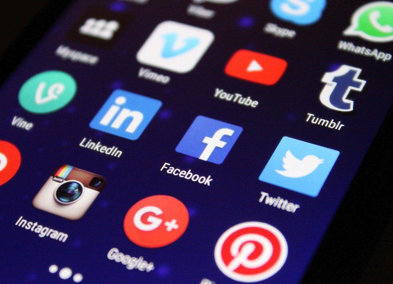 Serba-serbi Penggunaan Media Sosial di Instansi Pemerintah