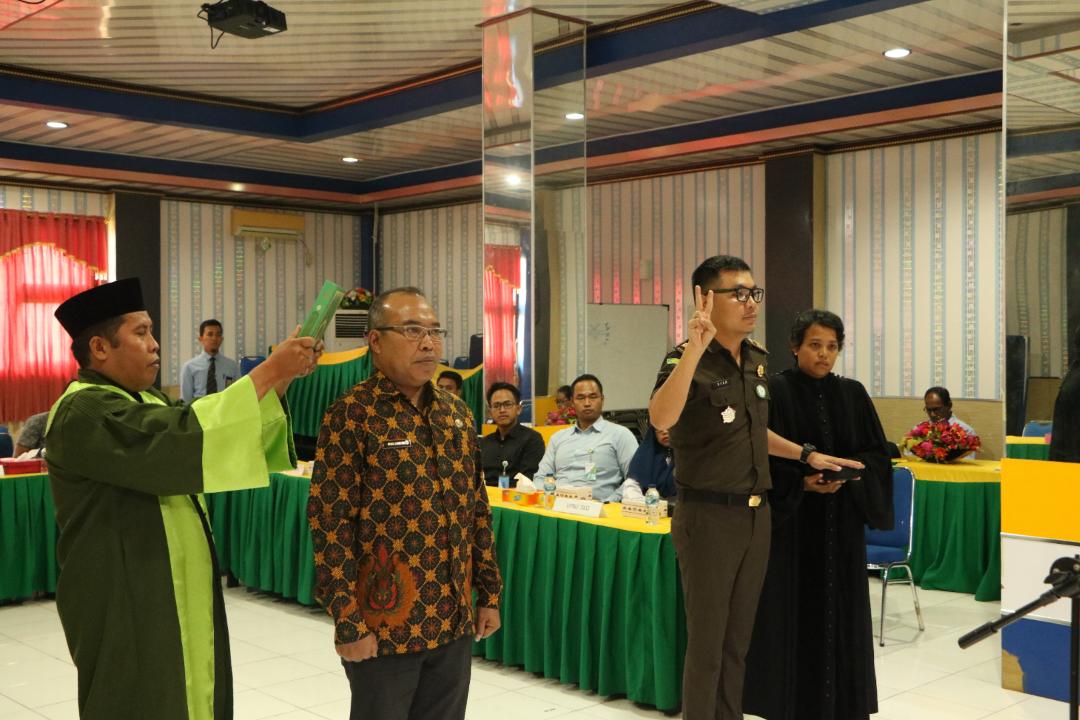 Pelantikan anggota PUPN Cabang Papua Barat dari unsur di luar Kementerian Keuangan untuk pengurusan Piutang Negara yang optimal