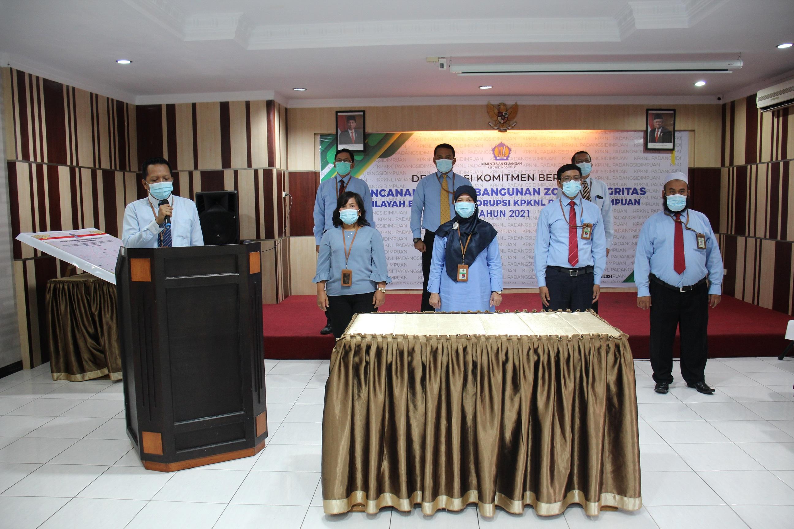 Pencanangan Zona Integritas Menuju WBK di KPKNL Padangsidimpuan Tahun 2021