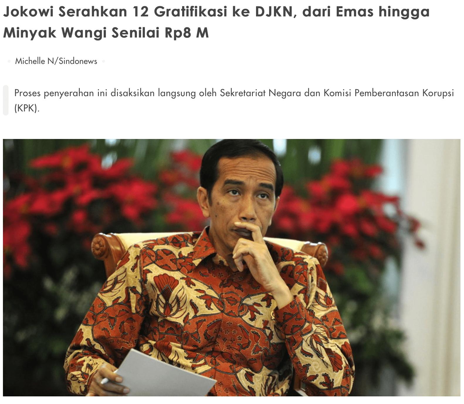 Jokowi Serahkan 12 Gratifikasi ke DJKN, dari Emas hingga Minyak Wangi Senilai Rp8 M