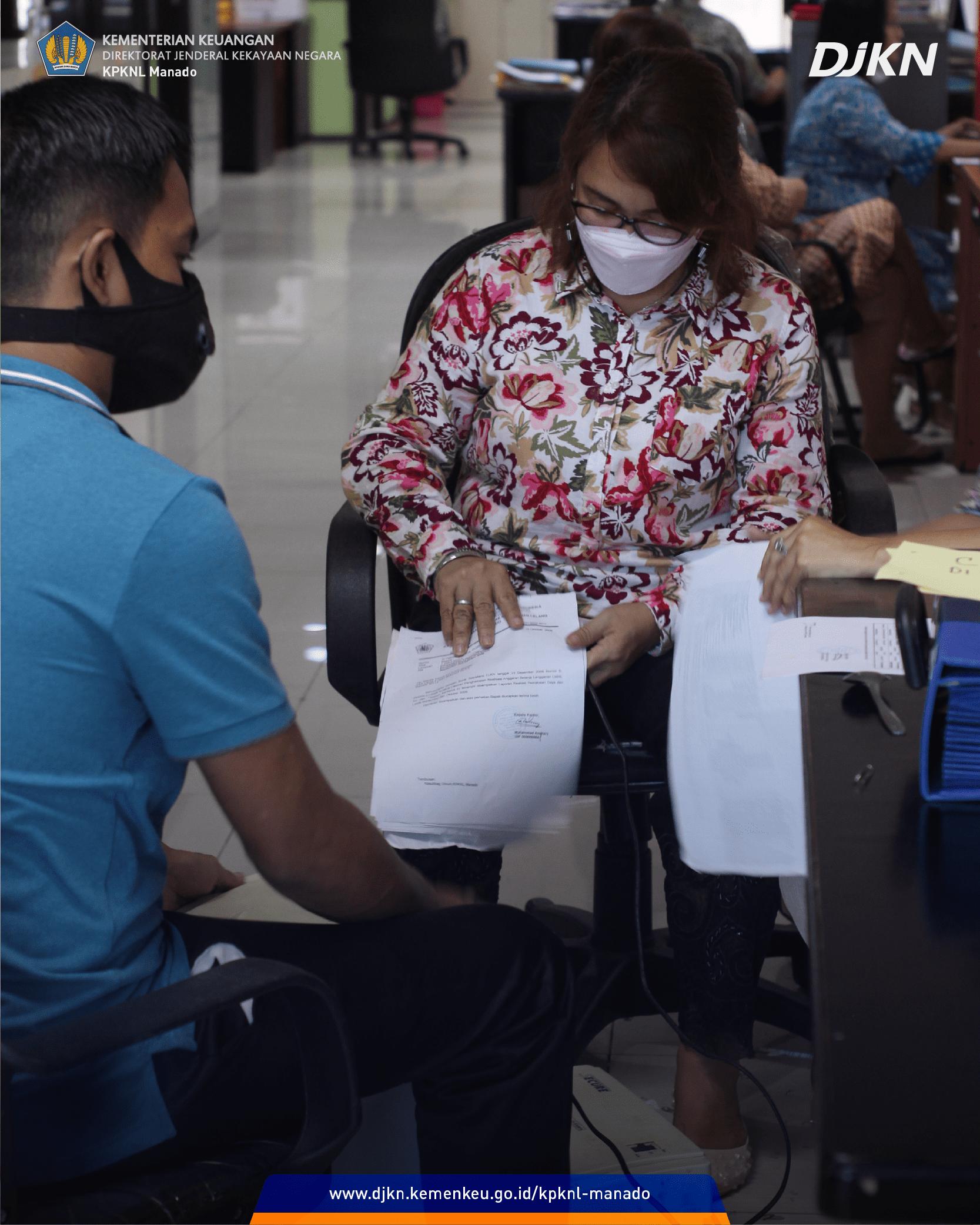 Pemusnahan Arsip KPKNL Manado untuk Pengelolaan Arsip yang Lebih Baik