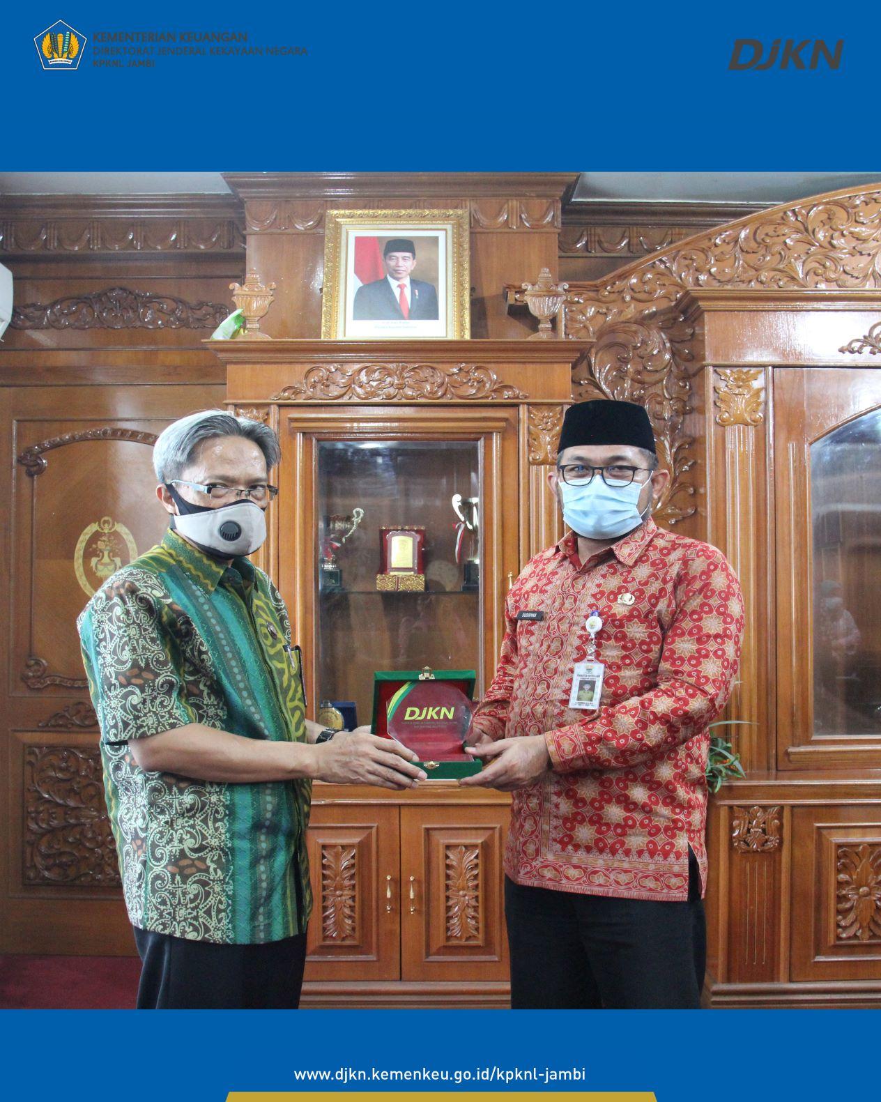 Kunjungan Kerja Kepala Kanwil DJKN SJB ke OJK, PT Negeri, Pemerintah Daerah dan KanWil Kementerian Agama di Propinsi Jambi