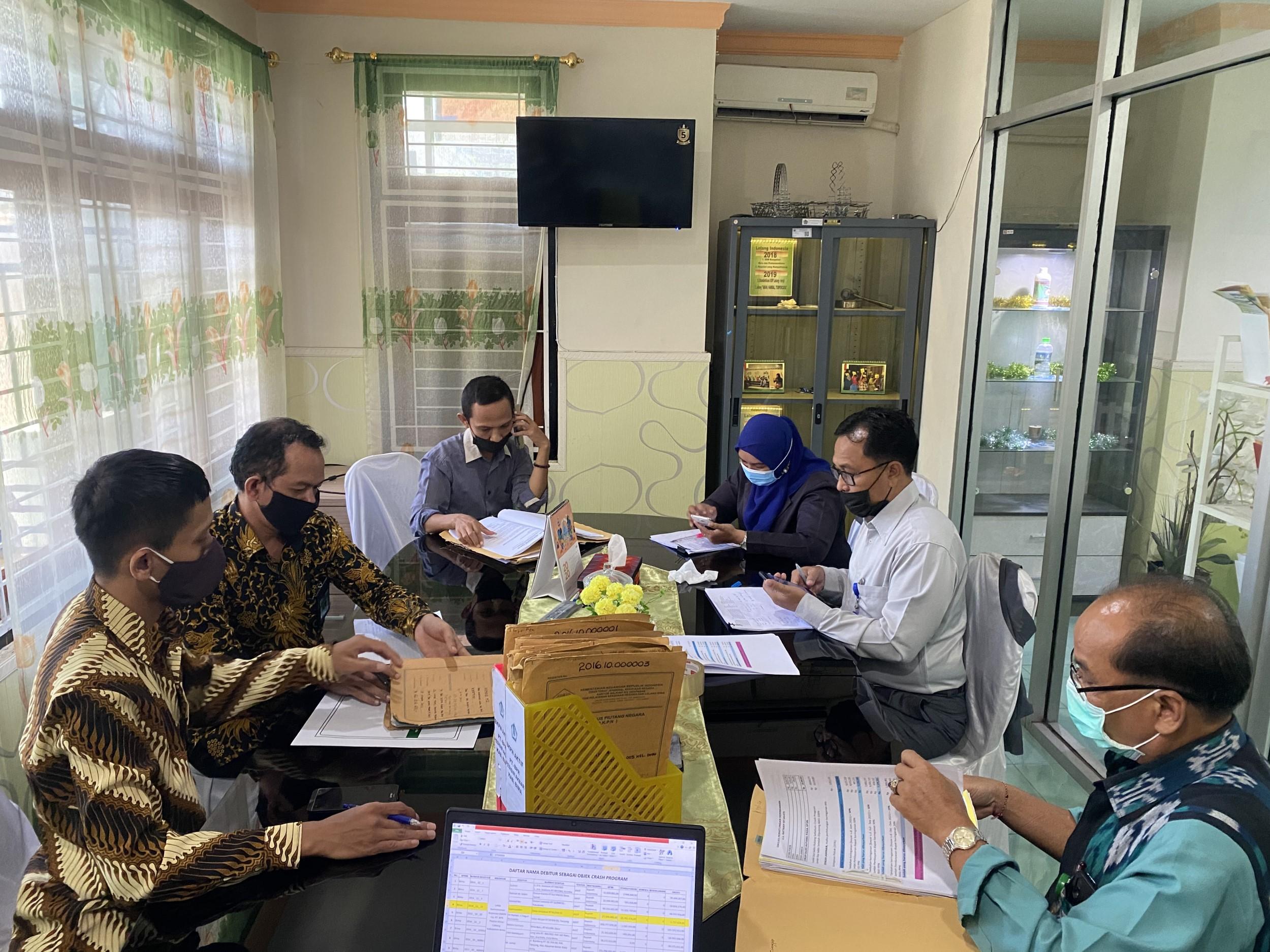Validitas Saldo Piutang Negara, KPKNL Bima Adakan Rekosiliasi dengan PT BPR Pesisir Akbar