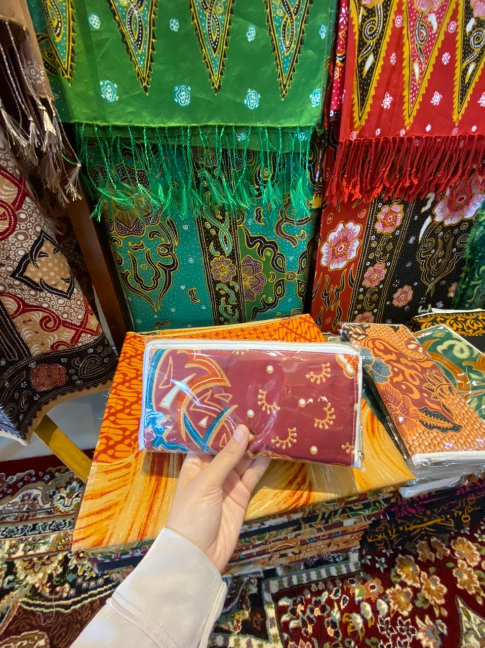 Kedai Lelang UMKM sebagai Etalase Produk Lokal Menuju Pasar Nasional