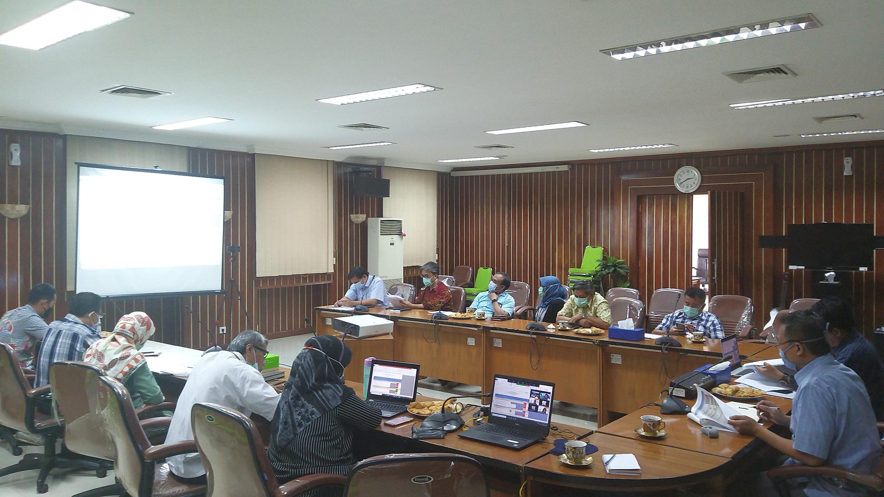 Persiapkan Bahan Monev Kinerja Kemenkeu-One, Kanwil Lamkulu Adakan Rapat Hybrid bersama KPKNL