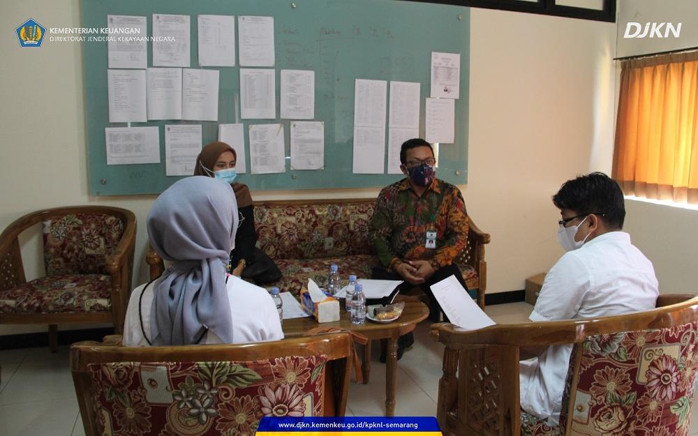 Silaturahmi dengan Kampus, KPKNL Semarang Kenalkan Tusi DJKN ke FEB Ekonomi Islam Undip