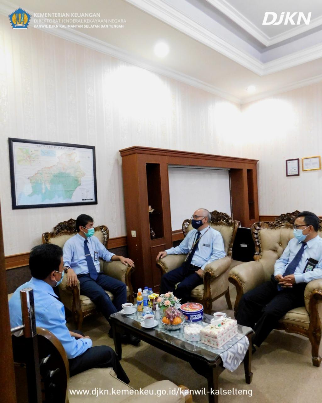Kunjungan Kerja, Kepala Kanwil DJKN Kalselteng: Kuatkan Koordinasi dan Jalin Sinergi