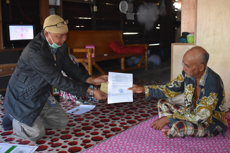 KPKNL Kisaran Serahkan Dokumen SPPNL kepada Penjamin Utang