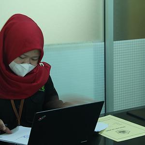 KPKNL Pangkalan Bun Lelang Barang Inventaris Kantor, Terjual 350%