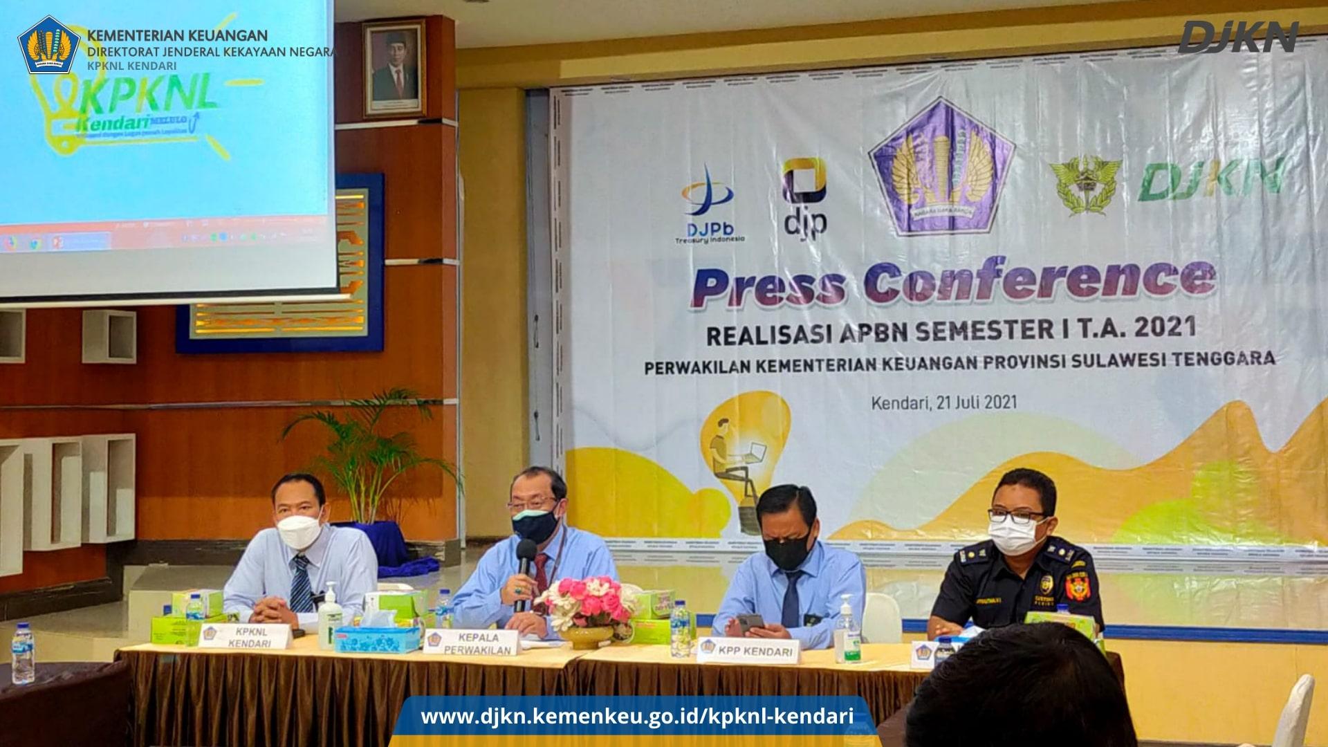 KPKNL Kendari Menghadiri Pers Confrence Bersama Perwakilan Kemenkeu Sultra